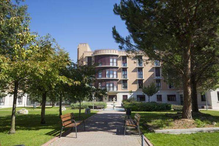 Apartamentos Amavir El Encinar del Rey