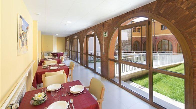Residencia de mayores Ciudad de Dueñas Clece