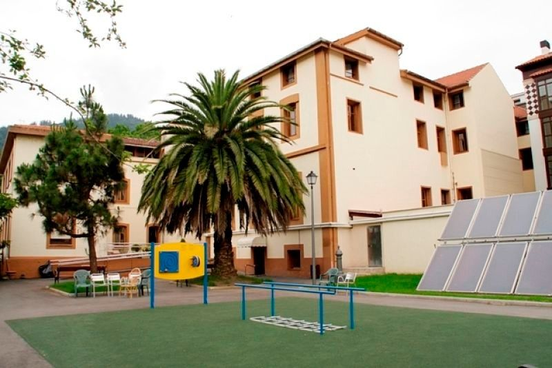 Residencia León Trucios